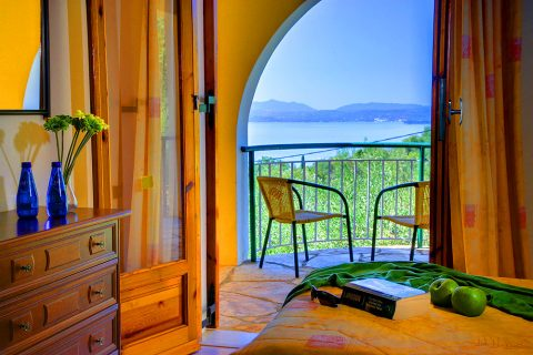 corfu-accomodation-with-amazing-view-villa-in-corfu-nissaki-villa-nitsa